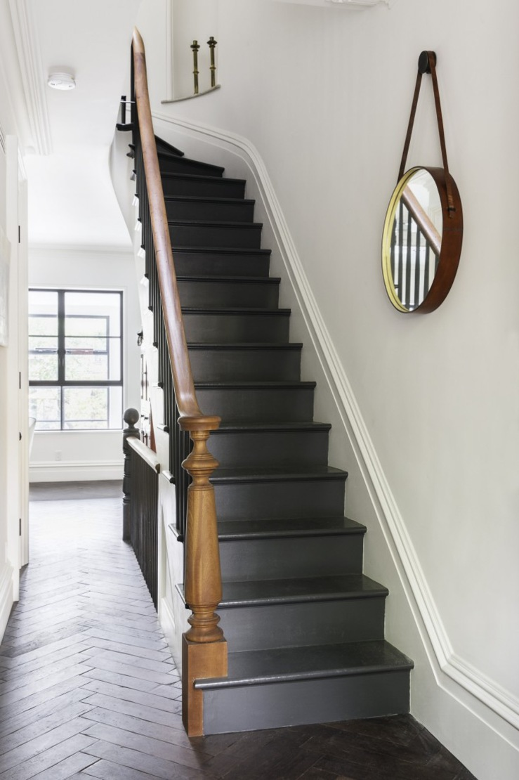 black painted stairs-3